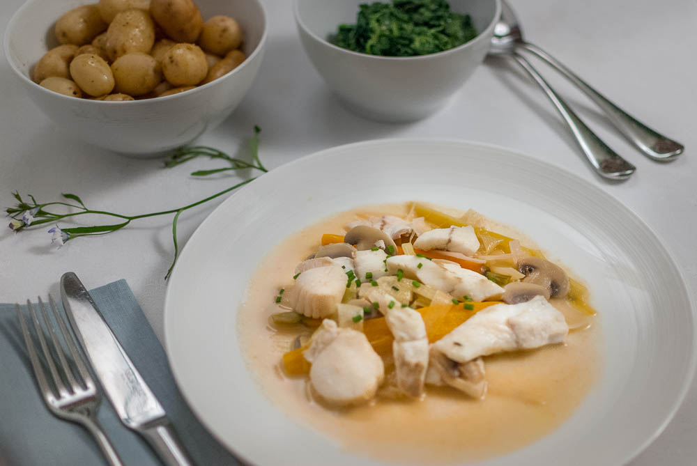 'Delicate and subtle white meat in a delicious fish broth, bit like the picture really…'
