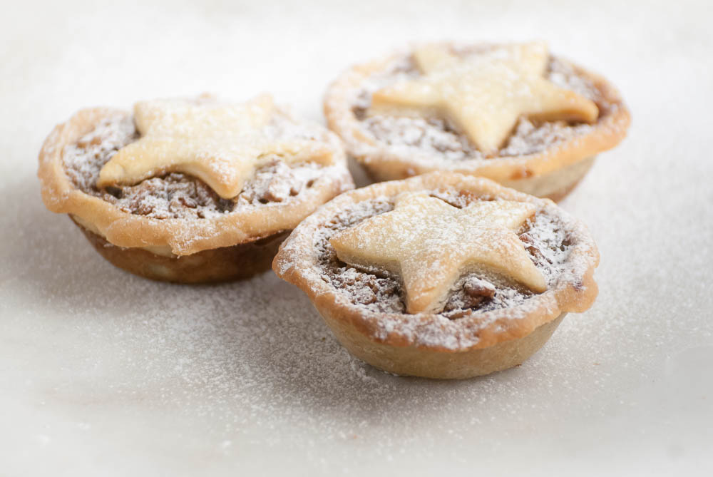 'There's still time to make tasty after dinner treats before Christmas. Here's a quick and easy alternative to the classic mince pie...'