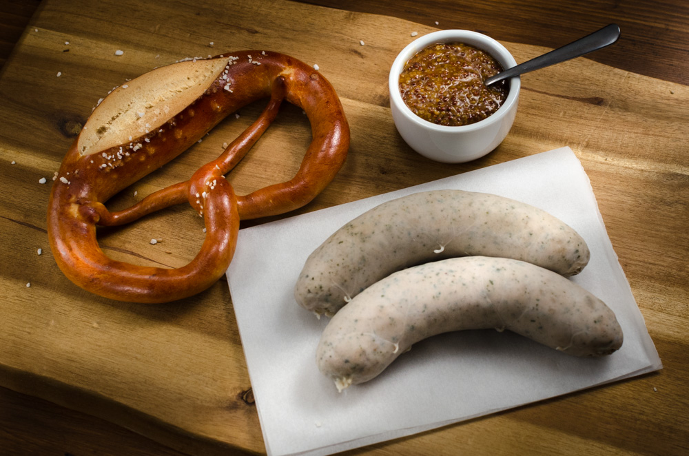 One source indicates there are at least 43 categories of German sausage - and who knows how many further vatiations... I'm familiar with about 5. One of these is new for me - weisswurst - and well worth seeking out at your local German deli.