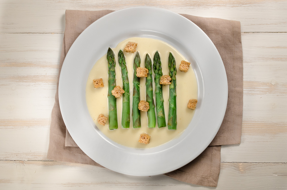 Asparagus goes well with Parmesan cheese. Asparagus also goes well with Taleggio and Gruyèr. It seems we can assume that asparagus works with cheese generally - so why not a fondue? 