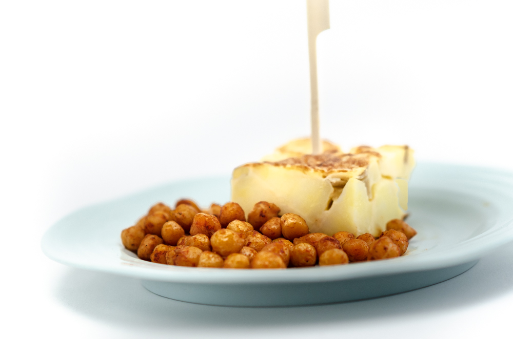 The proper Spanish way with tortilla and a neat trick for moreish chickpeas.